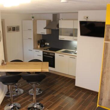 Küche mit Sitzgelegenheit NR3